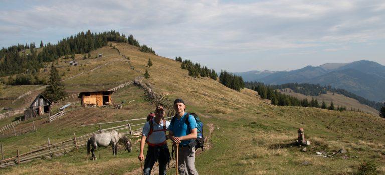 Drumeție în Munții Bistriței!